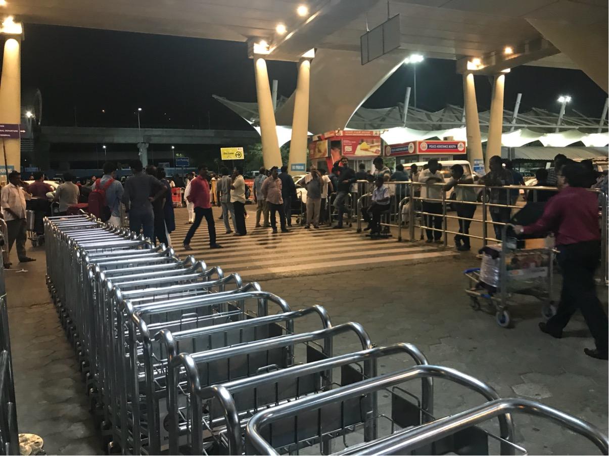 チェンナイ国際空港 アライバルビザ・両替・ATM・SIMカード