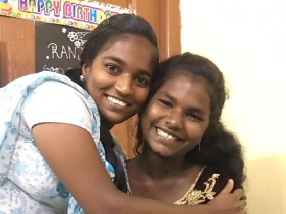 インド  HIVの少女達
