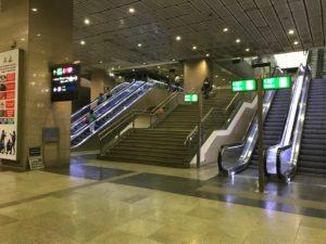 メトロニューデリー駅エスカレーター